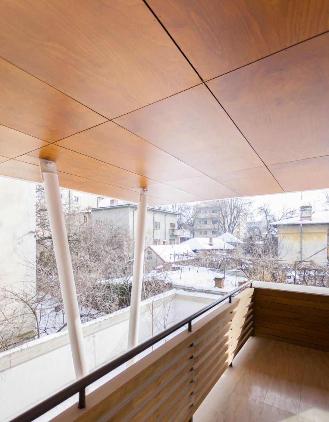 https://nbc-arhitect.ro/wp-content/uploads/2020/10/NBC-ARHITECT-_-housing-_-Sandu-Aldea-House-Villa-_-exterior-view-_-terrace_3.jpg