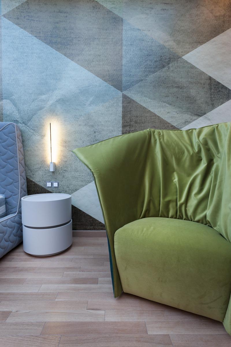 https://nbc-arhitect.ro/wp-content/uploads/2020/10/NBC-ARHITECT-_-housing-_-Sandu-Aldea-House-Villa-_-interior-view-_-bedroom_3.jpg