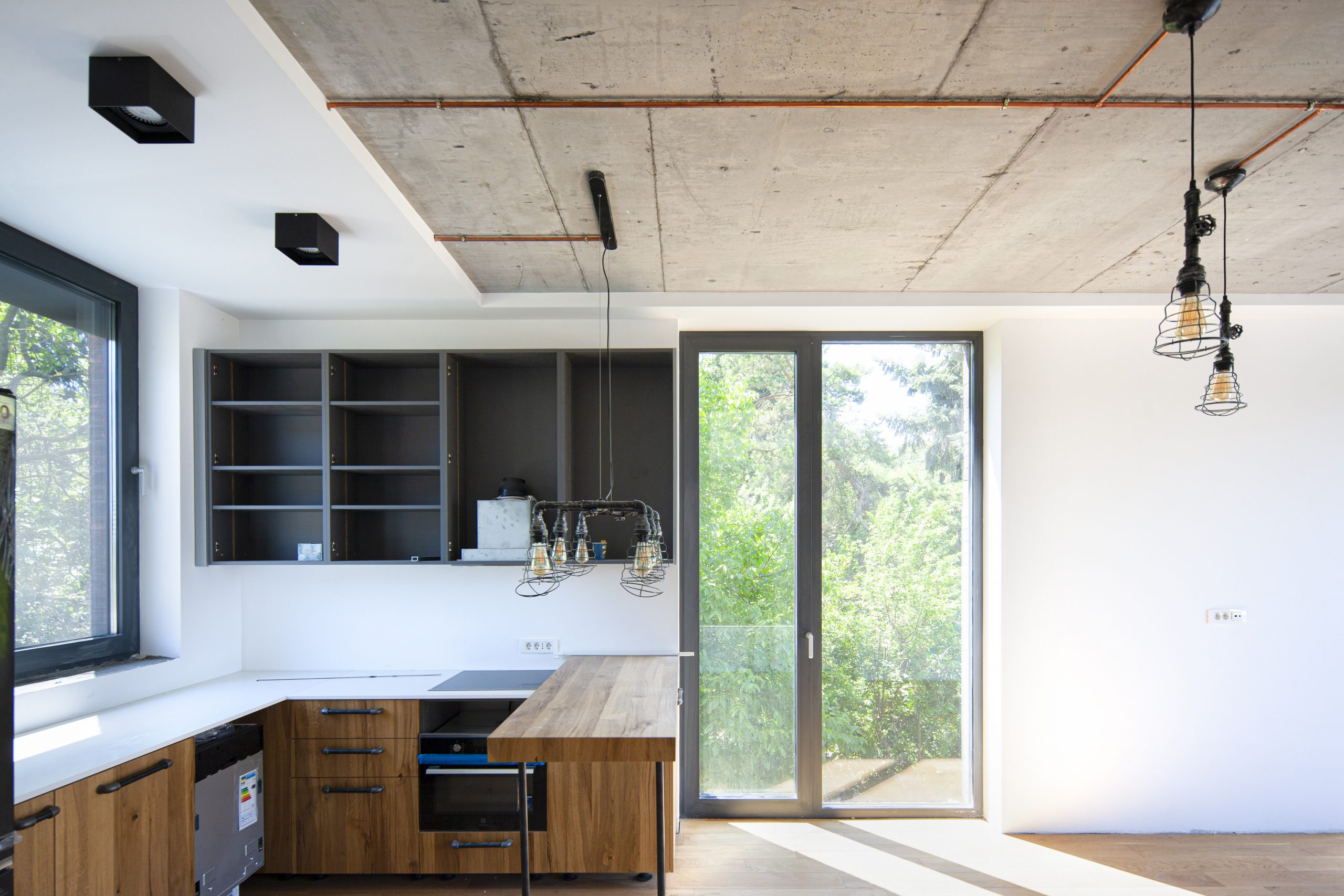 https://nbc-arhitect.ro/wp-content/uploads/2020/10/NBC-Arhitect-_-AD-Villa-_-Romania-_-interior-view_6-scaled.jpg