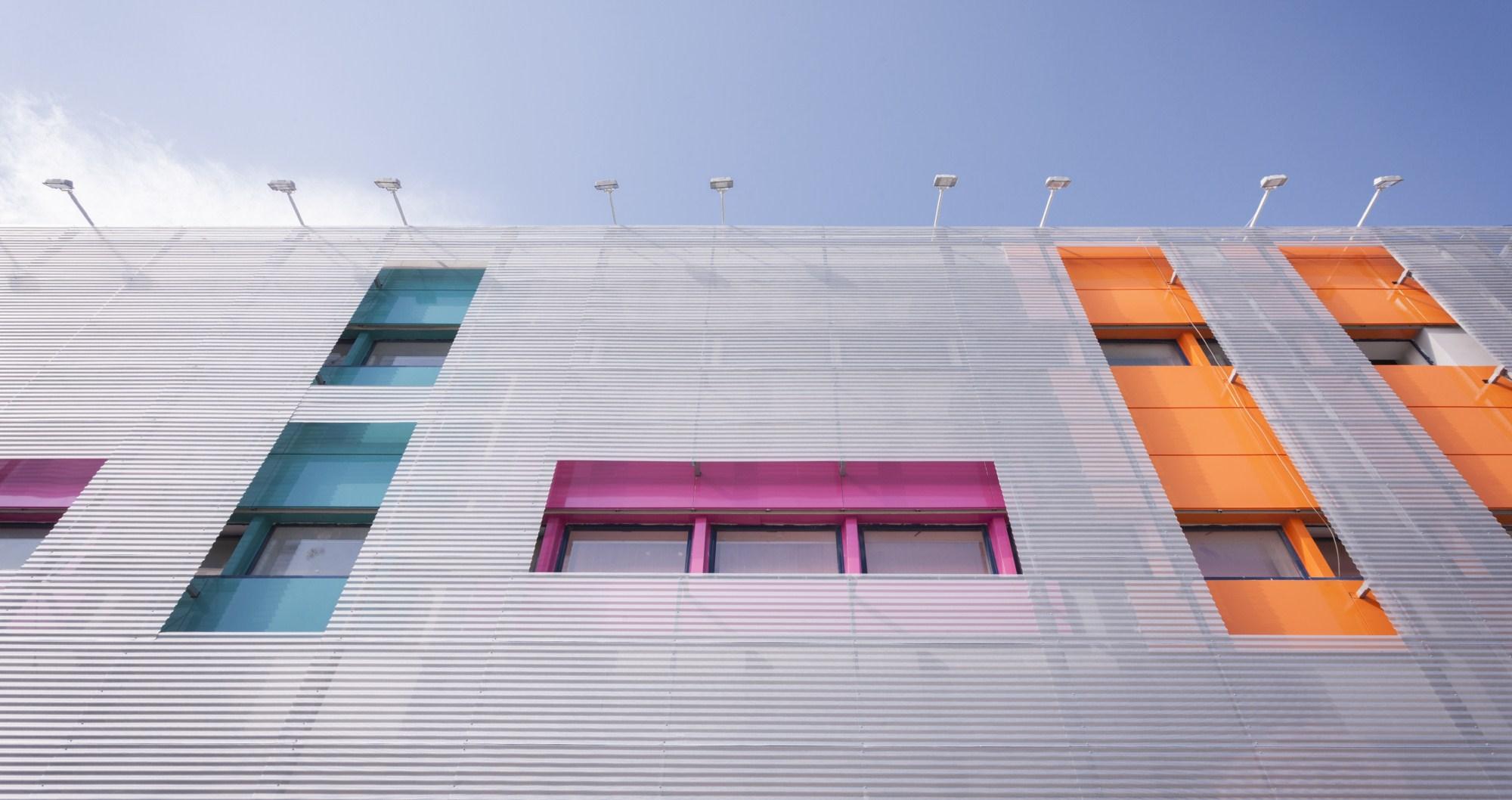 https://nbc-arhitect.ro/wp-content/uploads/2020/10/NBC-Arhitect-_-HD-MALL-_-Bucharest-_-interior_design_mall_5.jpg