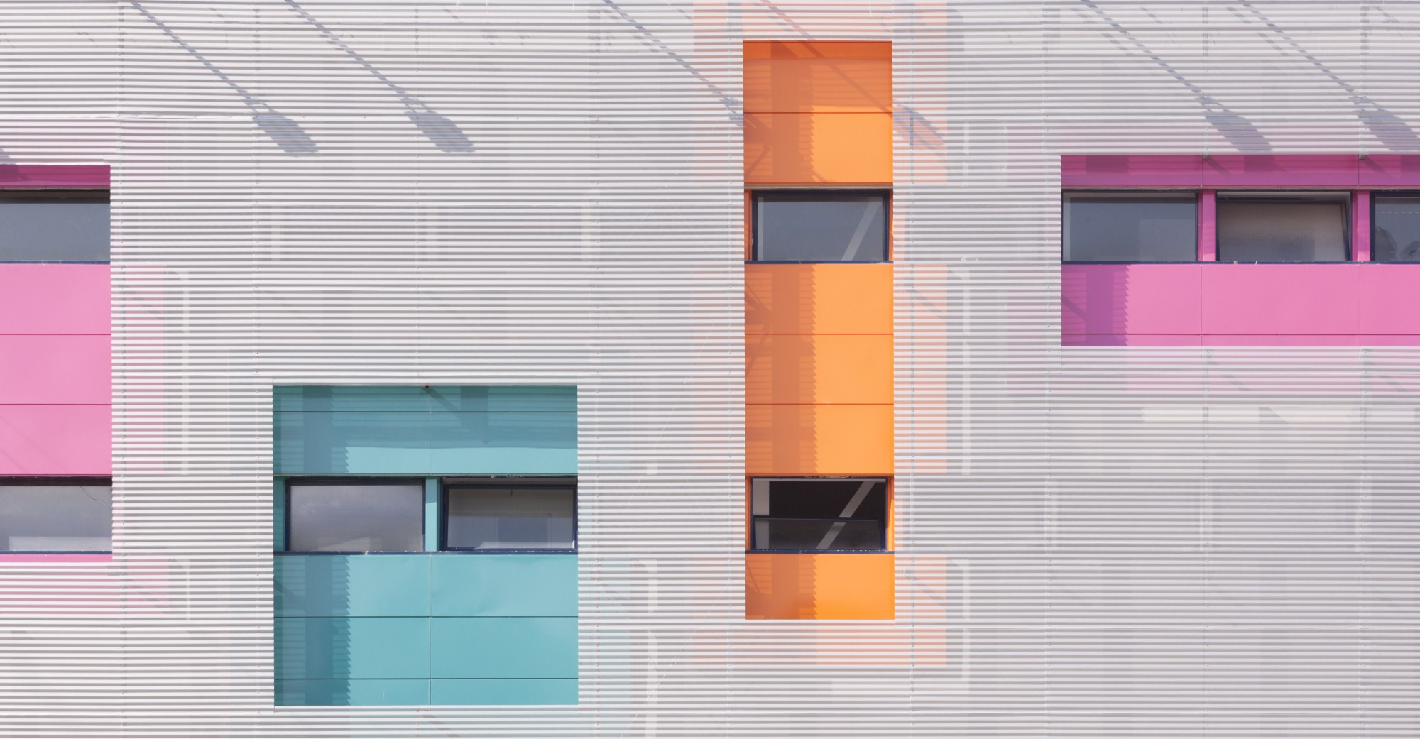 https://nbc-arhitect.ro/wp-content/uploads/2020/10/NBC-Arhitect-_-HD-MALL-_-Bucharest-_-interior_design_mall_6.jpg