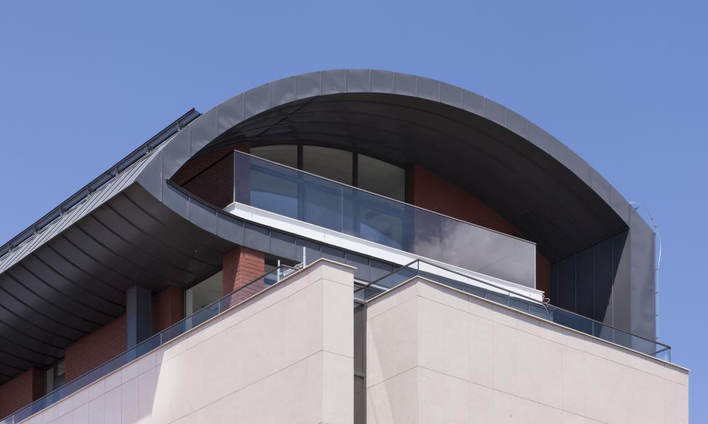 https://nbc-arhitect.ro/wp-content/uploads/2020/10/NBC-Arhitect-_-Petofi-Sandor-_-Housing-_-exterior_6.jpg