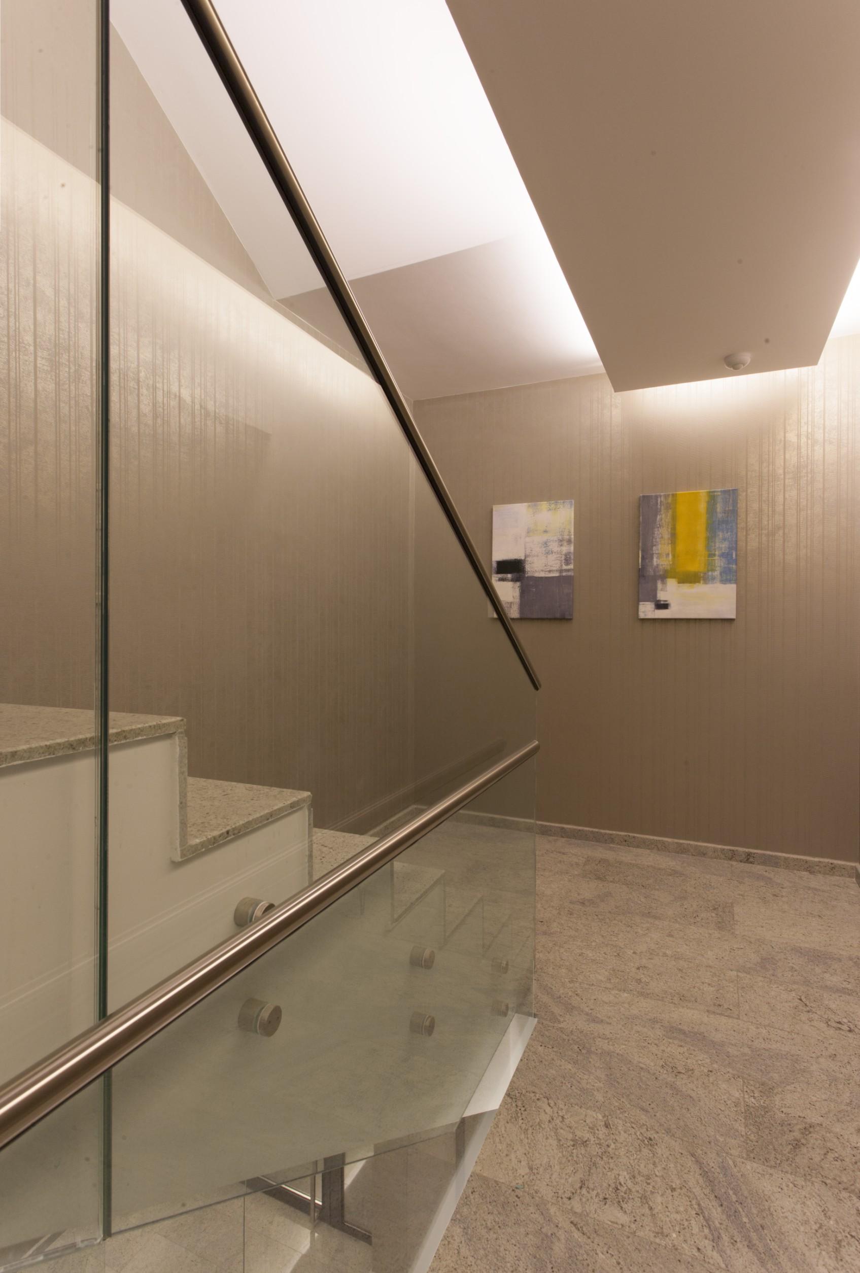 https://nbc-arhitect.ro/wp-content/uploads/2020/10/NBC-Arhitect-_-Petofi-Sandor-_-Housing-_-interior-design_stairs_4.jpg
