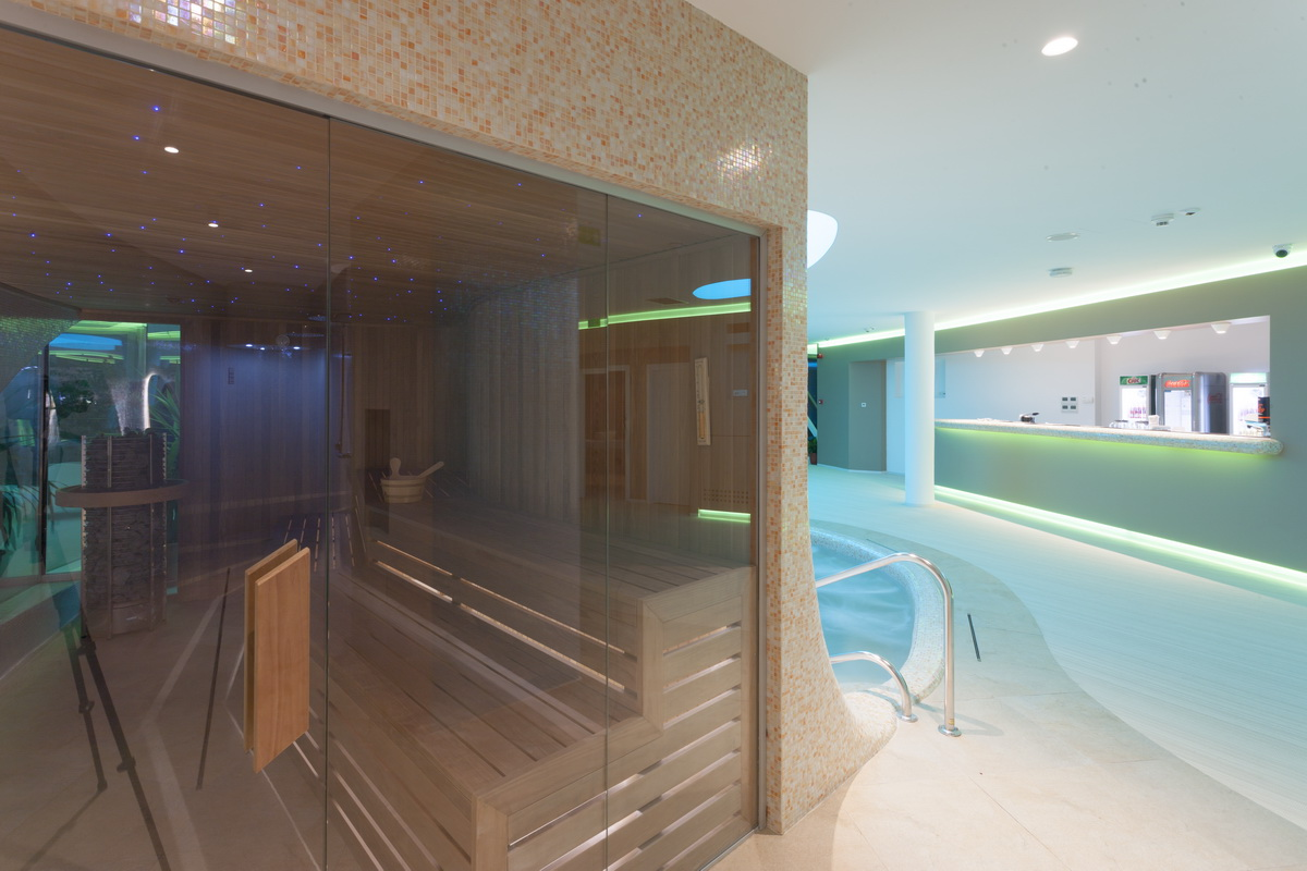 https://nbc-arhitect.ro/wp-content/uploads/2020/10/NBC-Arhitect-_-Zenith_Spa-_-Mamaia_Romania-_-seaside_spa-_-interior_design_31.jpg