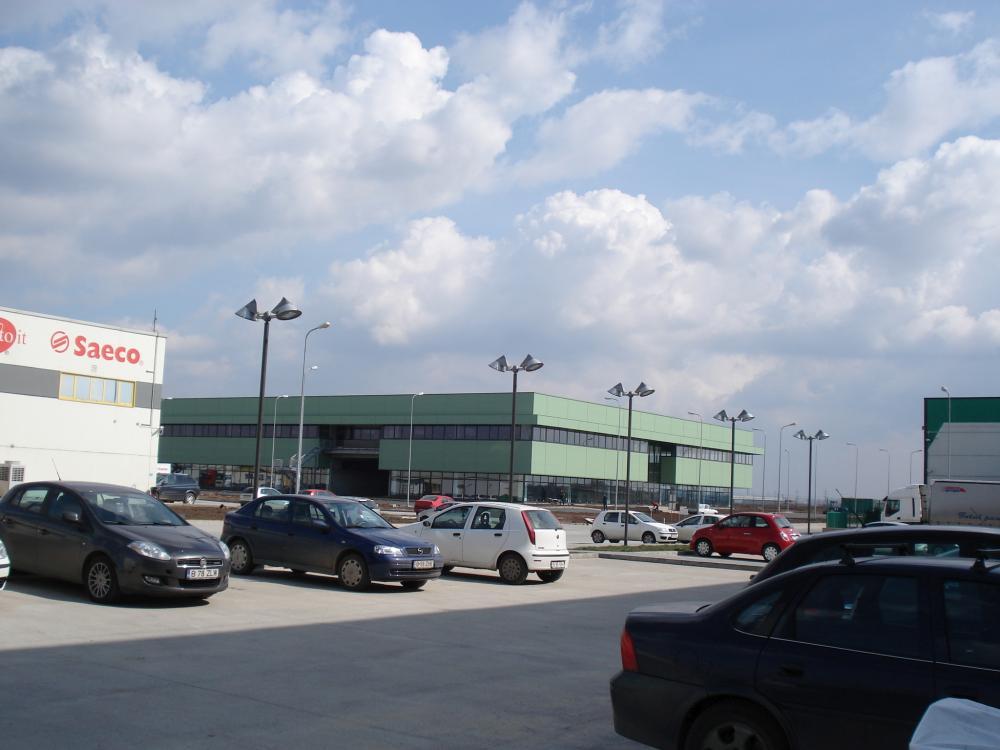 https://nbc-arhitect.ro/wp-content/uploads/2020/10/NBC-Arhitect-_-industrial-architecture-_-Cefin-Logistics-Park-_-Romania_2.jpg