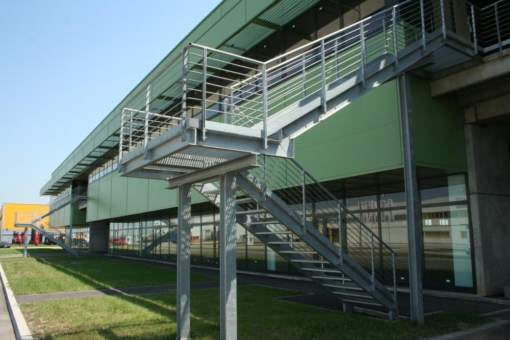 https://nbc-arhitect.ro/wp-content/uploads/2020/10/NBC-Arhitect-_-industrial-architecture-_-Logistic-Center-N-_-Romania_4.jpg