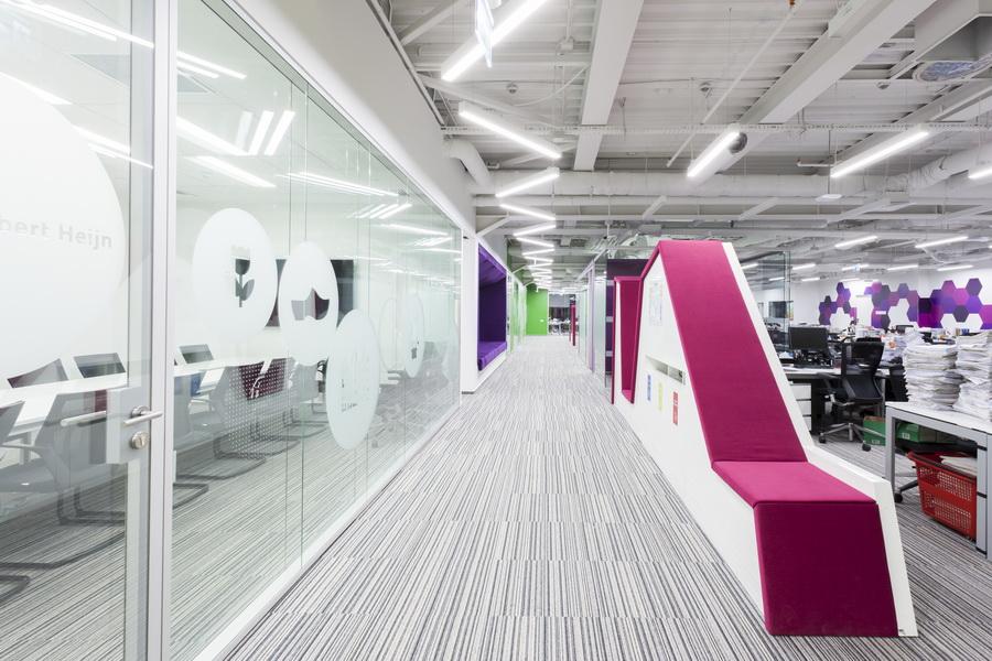 https://nbc-arhitect.ro/wp-content/uploads/2020/10/NBC-Arhitect-_-interior-design-_-HQ-Mega-Image-_-Bucharest-Romania_1.jpg
