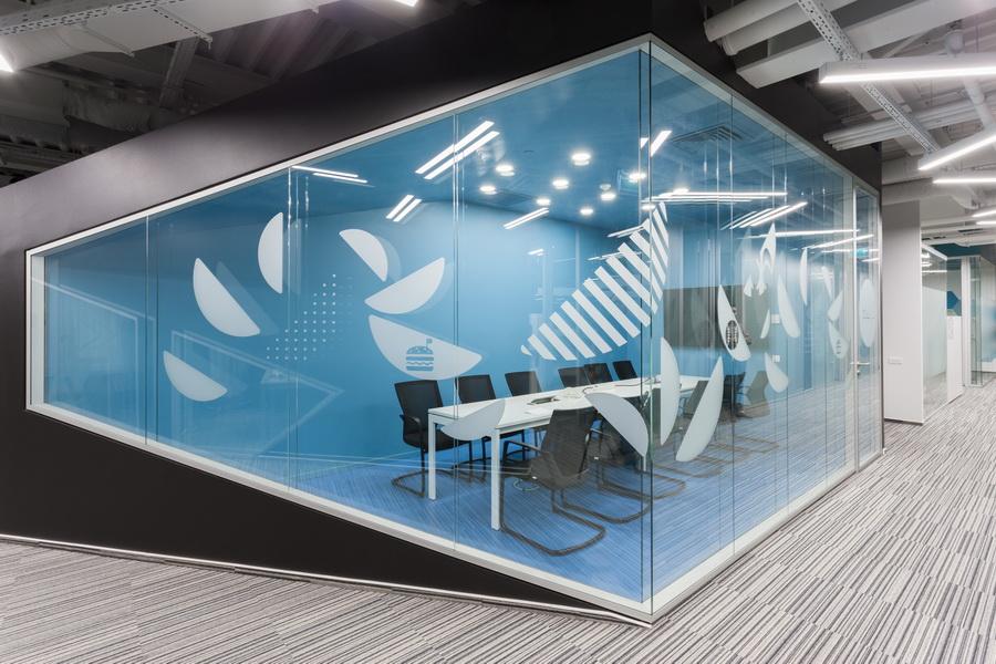 https://nbc-arhitect.ro/wp-content/uploads/2020/10/NBC-Arhitect-_-interior-design-_-HQ-Mega-Image-_-Bucharest-Romania_12.jpg