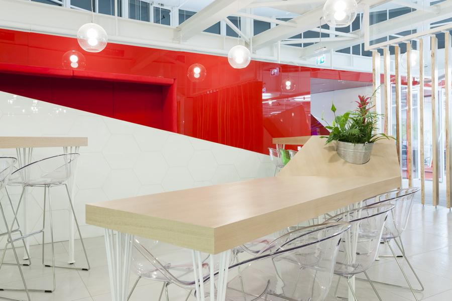 https://nbc-arhitect.ro/wp-content/uploads/2020/10/NBC-Arhitect-_-interior-design-_-HQ-Mega-Image-_-Bucharest-Romania_15.jpg
