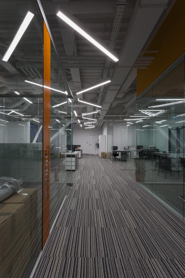 https://nbc-arhitect.ro/wp-content/uploads/2020/10/NBC-Arhitect-_-interior-design-_-HQ-Mega-Image-_-Bucharest-Romania_45.jpg