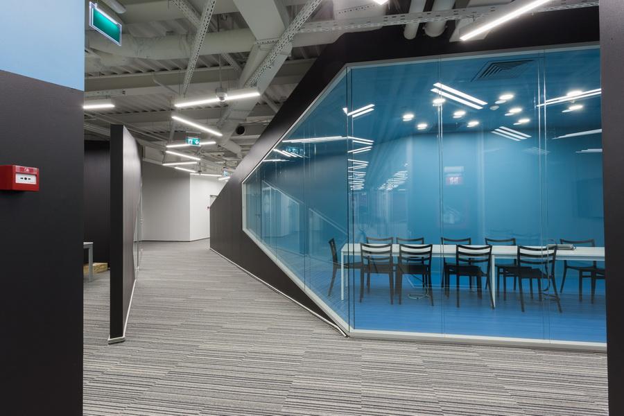 https://nbc-arhitect.ro/wp-content/uploads/2020/10/NBC-Arhitect-_-interior-design-_-HQ-Mega-Image-_-Bucharest-Romania_49.jpg