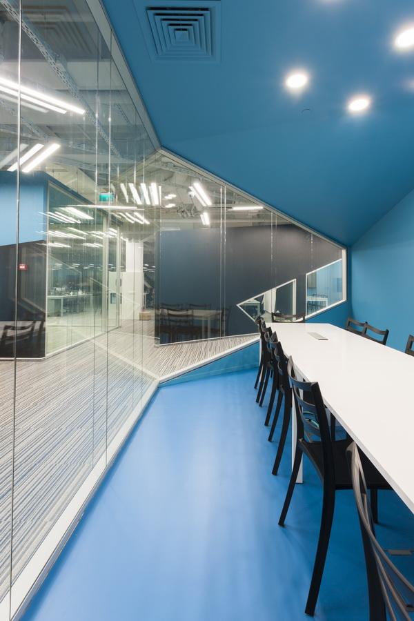 https://nbc-arhitect.ro/wp-content/uploads/2020/10/NBC-Arhitect-_-interior-design-_-HQ-Mega-Image-_-Bucharest-Romania_53.jpg