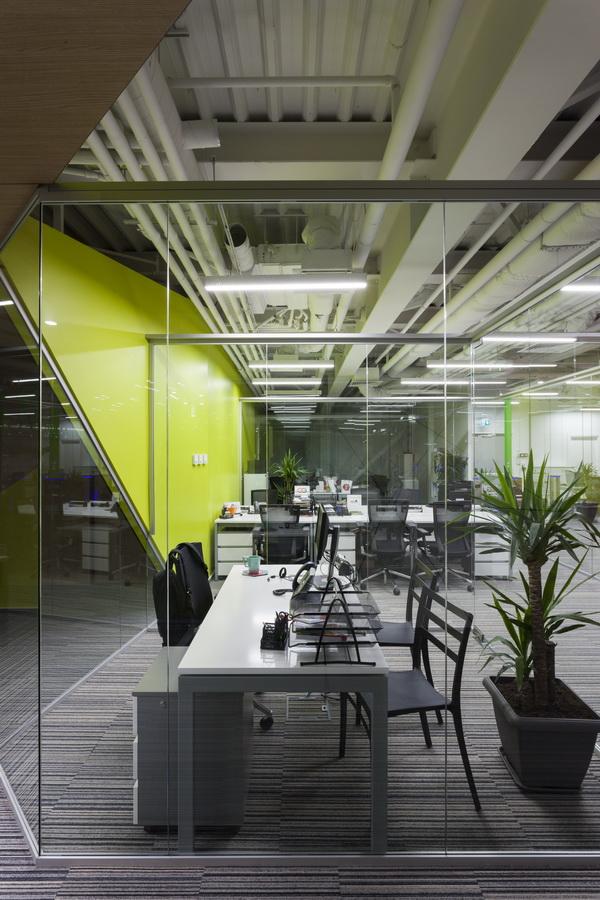 https://nbc-arhitect.ro/wp-content/uploads/2020/10/NBC-Arhitect-_-interior-design-_-HQ-Mega-Image-_-Bucharest-Romania_65.jpg