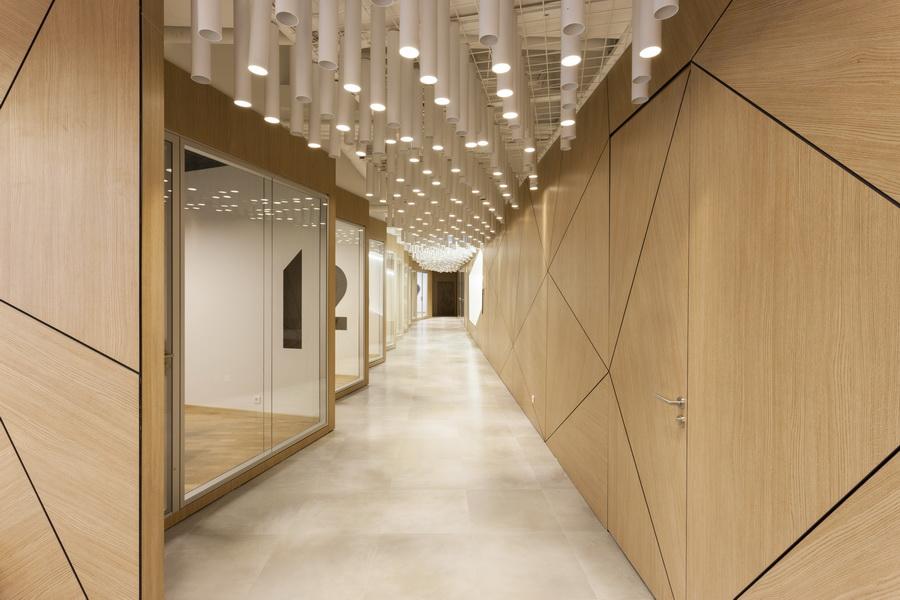 https://nbc-arhitect.ro/wp-content/uploads/2020/10/NBC-Arhitect-_-interior-design-_-HQ-Mega-Image-_-Bucharest-Romania_70.jpg