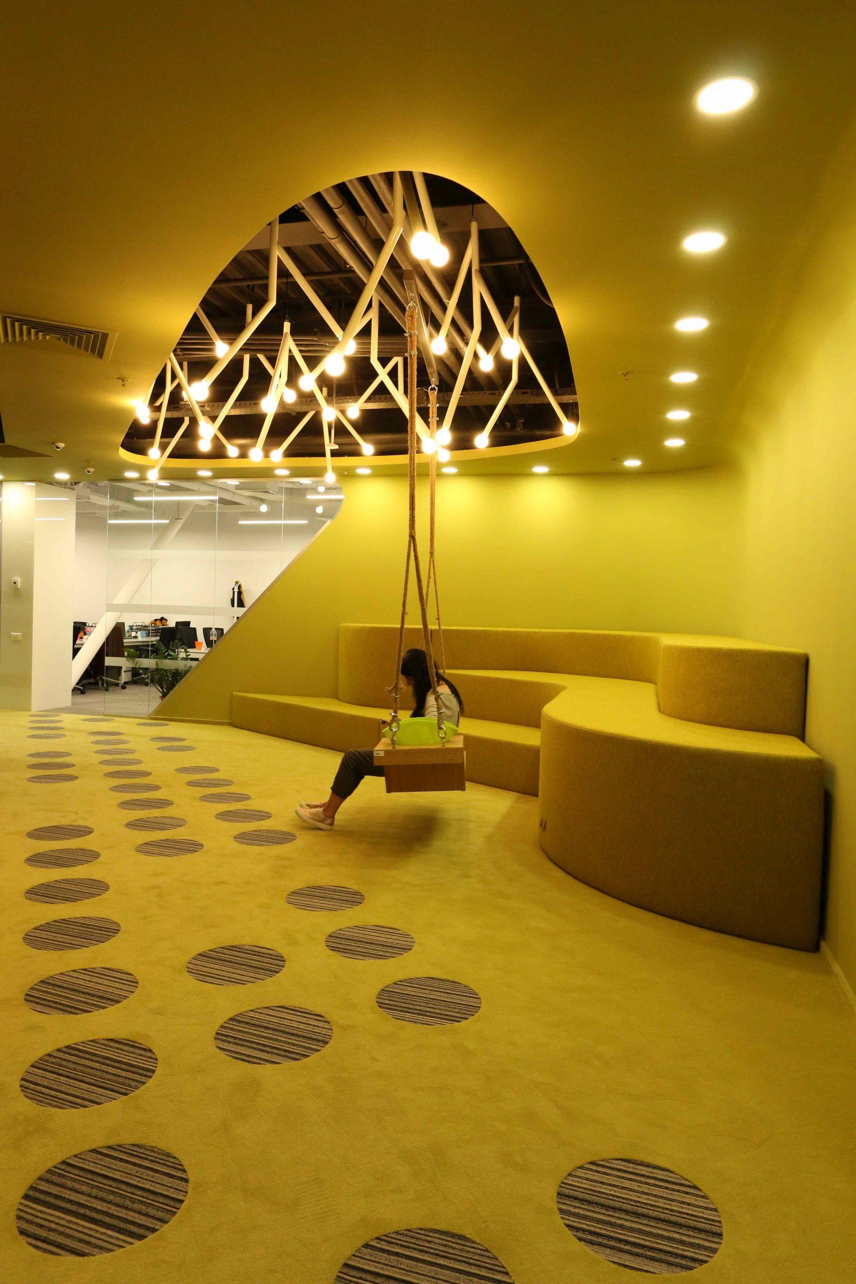 https://nbc-arhitect.ro/wp-content/uploads/2020/10/NBC-Arhitect-_-interiors-_-HQ-Mega-Image-_-Romania-_-interior-design-view_15-scaled.jpg