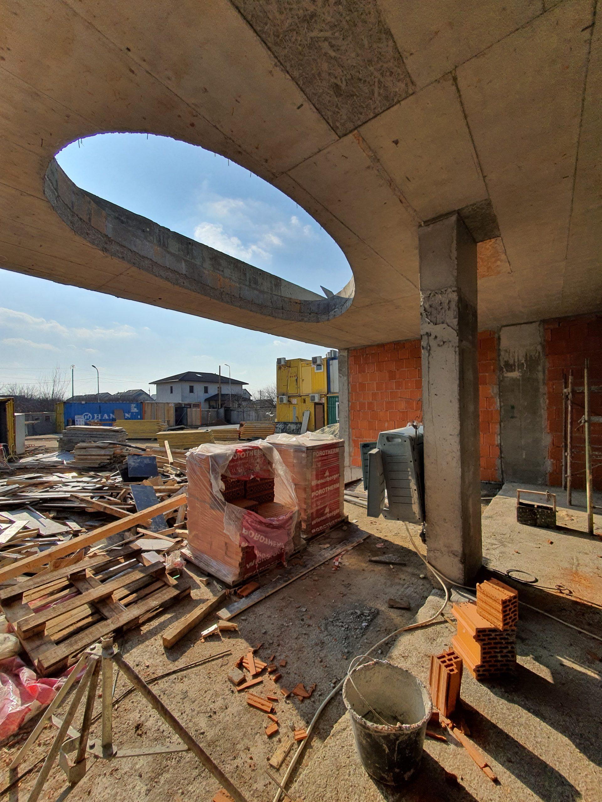 https://nbc-arhitect.ro/wp-content/uploads/2020/10/NBC-Arhitect-_-residences-_-Mogo-Villa-_-Romania-_-in-progress_3-scaled.jpg