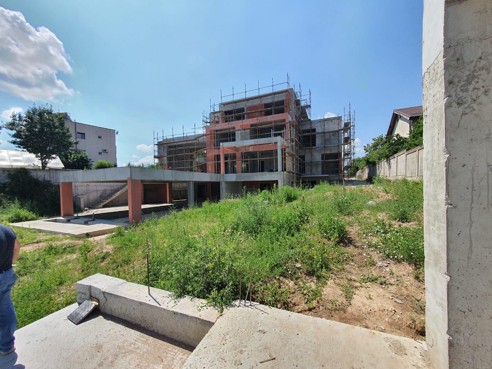 https://nbc-arhitect.ro/wp-content/uploads/2020/10/NBC-Arhitect-_-residences-_-Mogo-Villa-_-Romania-_-in-progress_6.jpeg