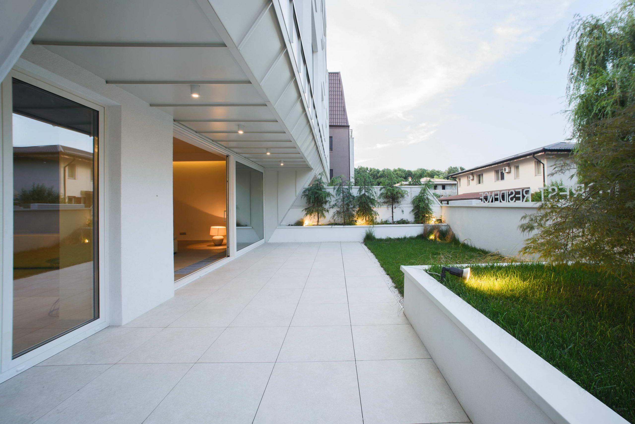https://nbc-arhitect.ro/wp-content/uploads/2020/10/NBC-Arhitect-_-residential-_-Duplex-Forest-Residence-_-Romania_8-scaled.jpg