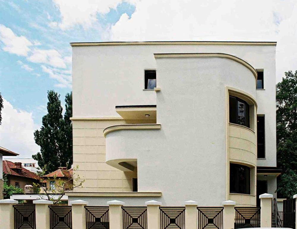 https://nbc-arhitect.ro/wp-content/uploads/2020/10/NBC-Arhitect-_-restorations-_-Pangrati-House-_-Romania_5.jpg