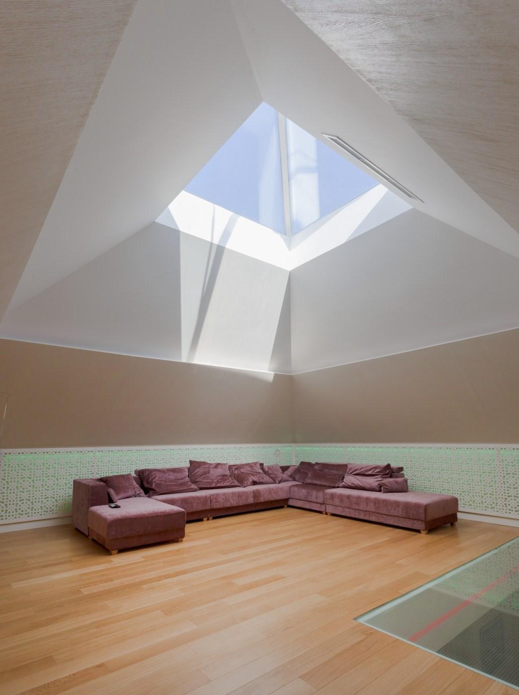 https://nbc-arhitect.ro/wp-content/uploads/2020/10/NBC-Arhitect-_-restorations-_-Washington-House-_-Bucharest-Romania_37.jpg