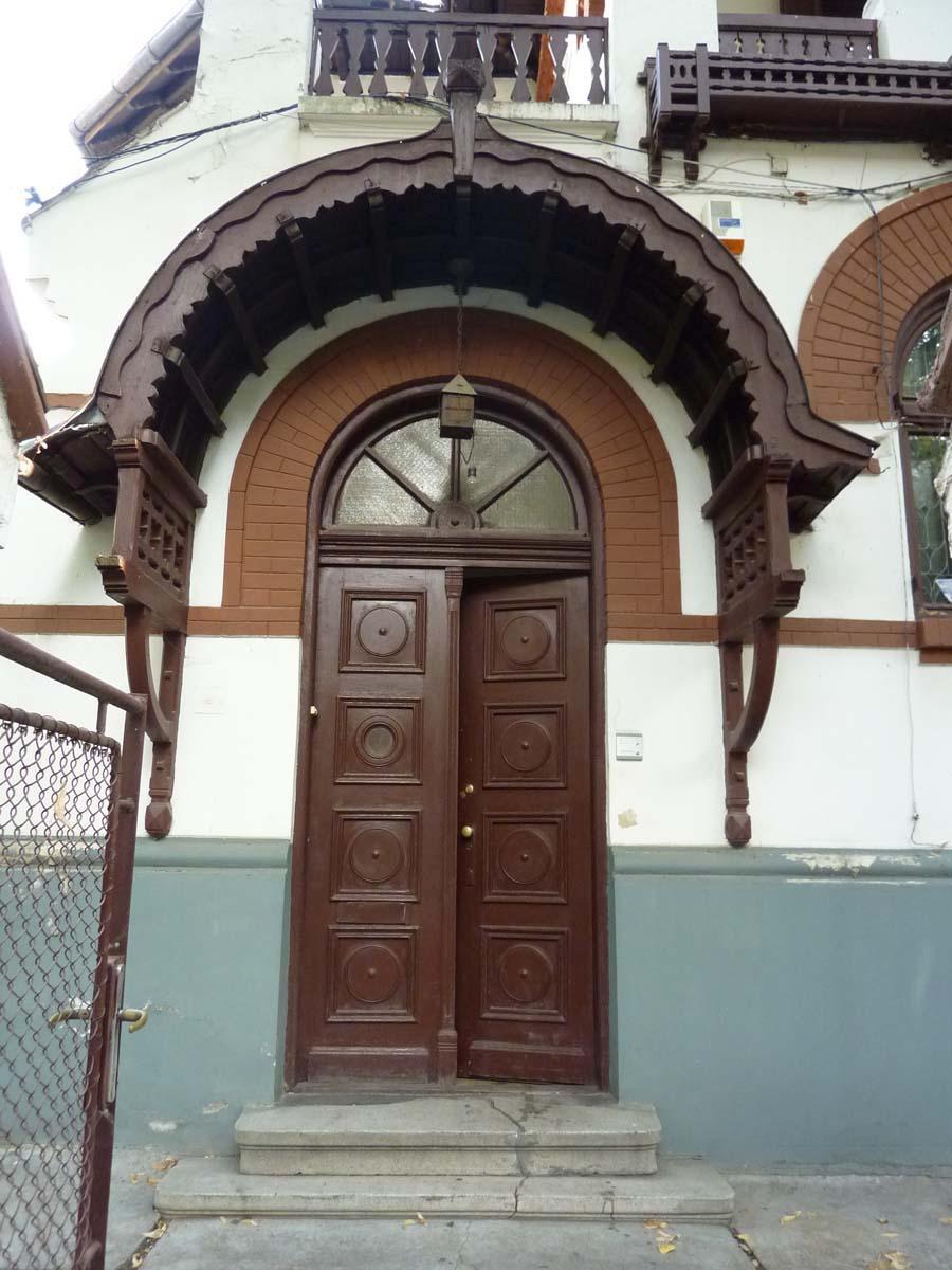 https://nbc-arhitect.ro/wp-content/uploads/2020/10/NBC-Arhitect-_-restorations-_-Washington-House-_-Bucharest-Romania_84.jpg