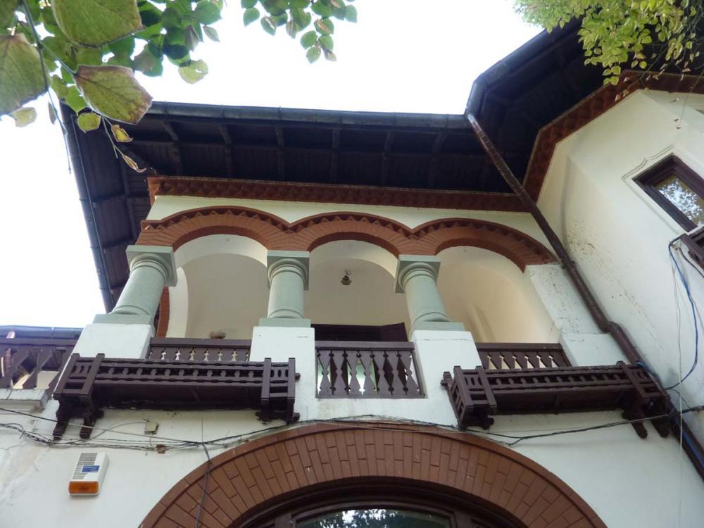 https://nbc-arhitect.ro/wp-content/uploads/2020/10/NBC-Arhitect-_-restorations-_-Washington-House-_-Bucharest-Romania_85.jpg