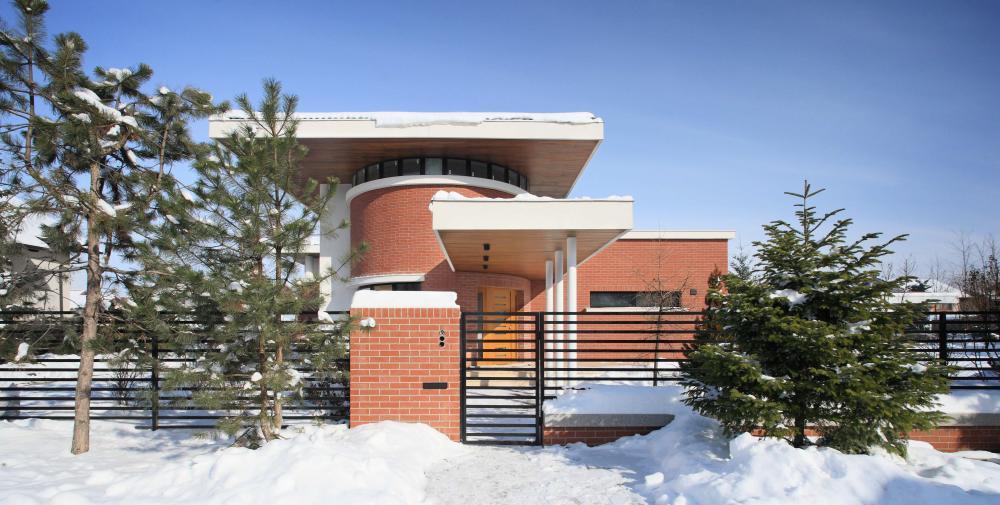 https://nbc-arhitect.ro/wp-content/uploads/2020/11/NBC-ARHITECT-_-residential-_-Tudor-House-_-Romania_36.jpg
