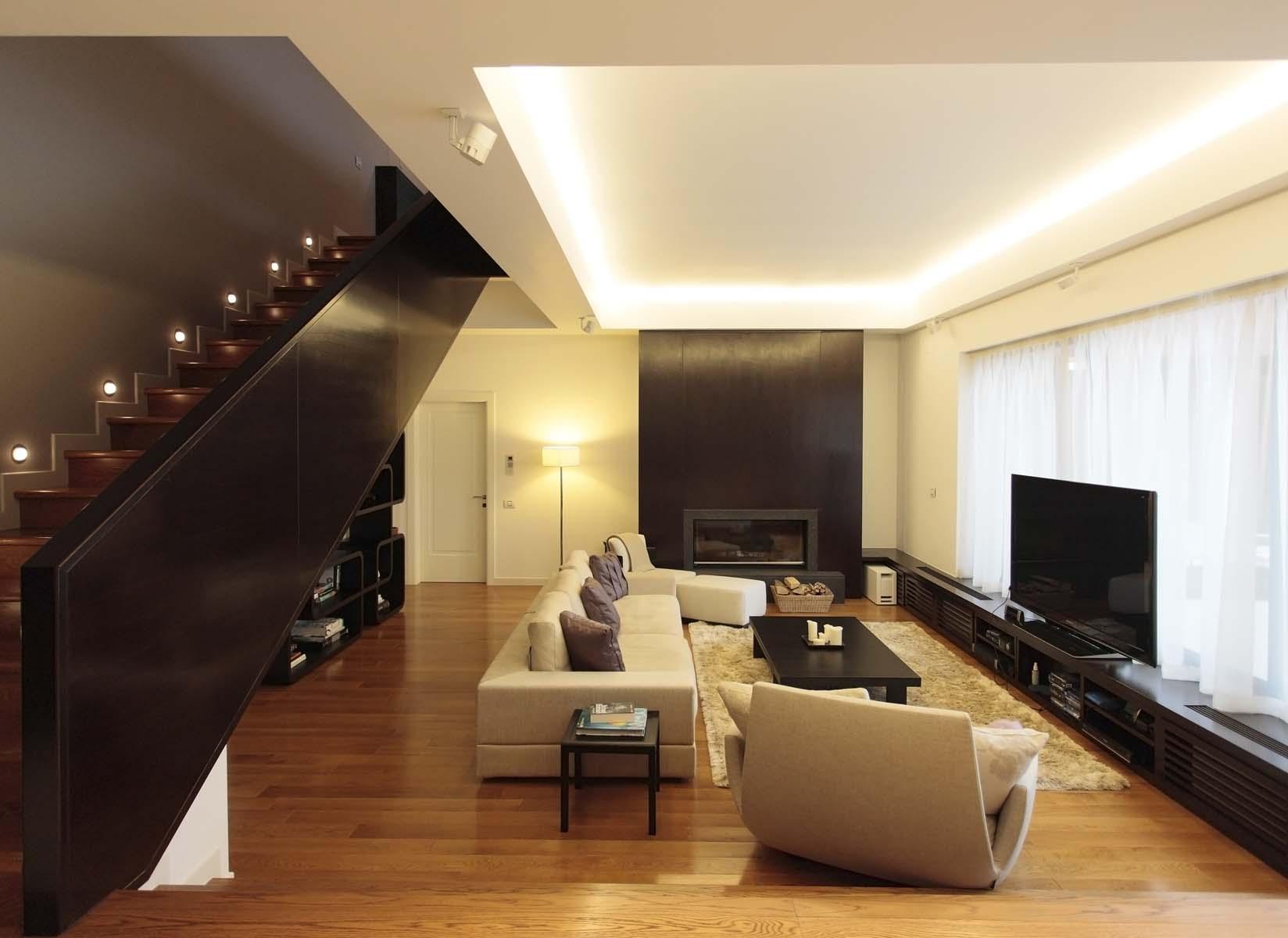 https://nbc-arhitect.ro/wp-content/uploads/2020/11/NBC-ARHITECT-_-residential-_-Tudor-House-_-Romania_6.jpg