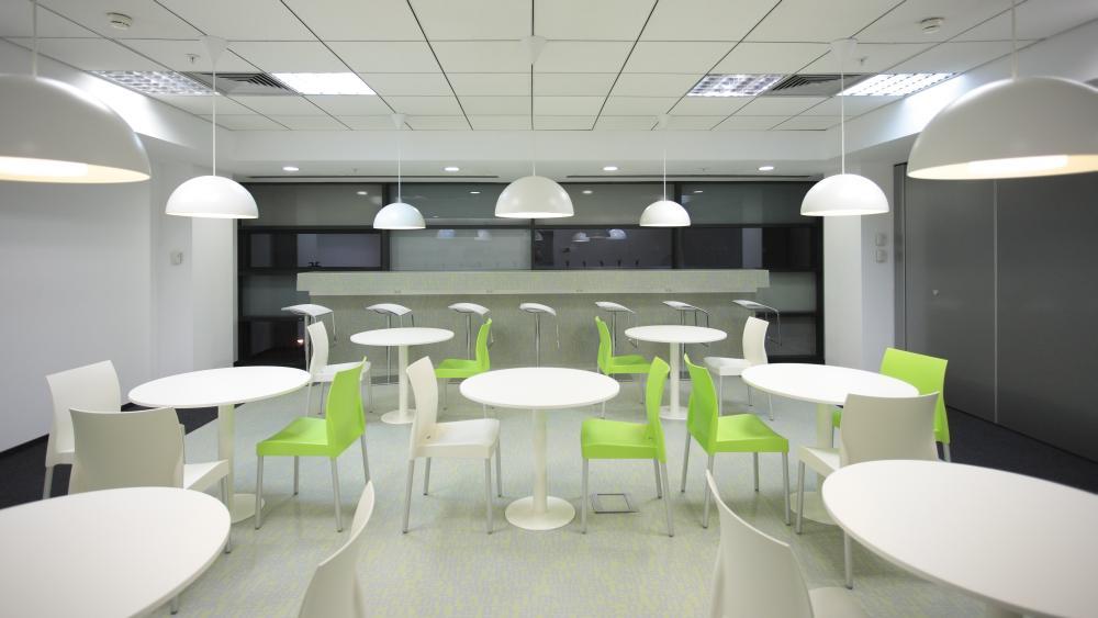 https://nbc-arhitect.ro/wp-content/uploads/2020/11/NBC-Arhitect-_-interior-design-_-Ericsson-_-Romania_11.jpg