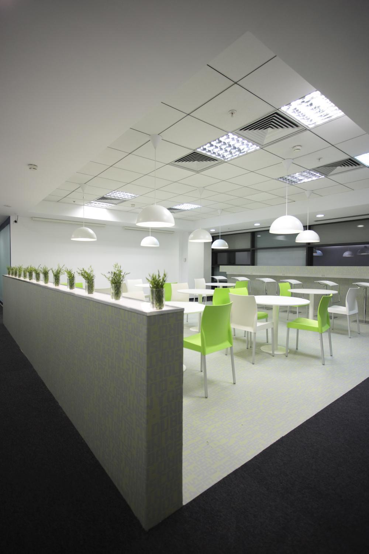 https://nbc-arhitect.ro/wp-content/uploads/2020/11/NBC-Arhitect-_-interior-design-_-Ericsson-_-Romania_9.jpg