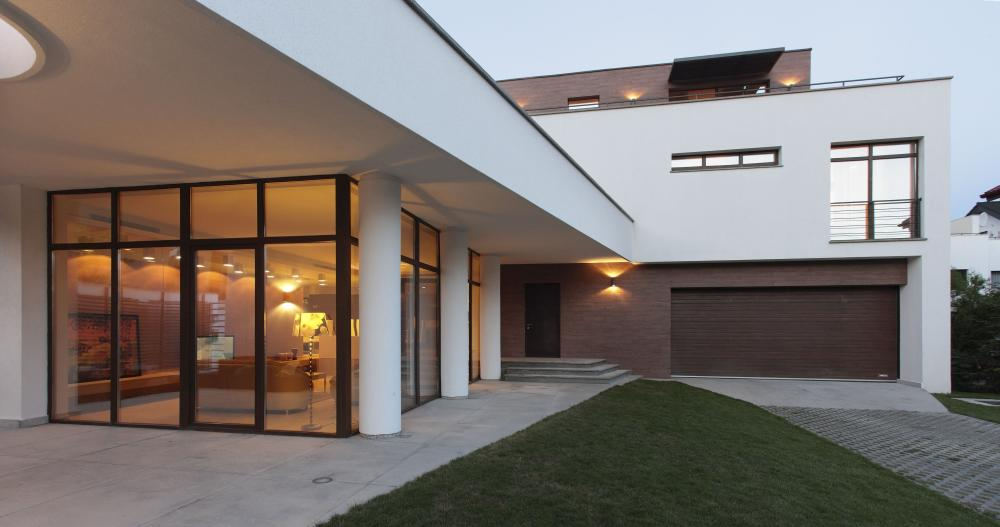 https://nbc-arhitect.ro/wp-content/uploads/2020/11/NBC-Arhitect-_-interior-design-_-Leo-House-_-Romania_master-photo.jpg