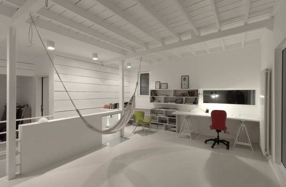 https://nbc-arhitect.ro/wp-content/uploads/2020/11/NBC-Arhitect-_-interior-design-_-Magenta-House-_-Romania_15.jpg