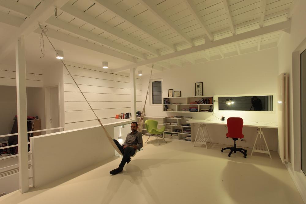https://nbc-arhitect.ro/wp-content/uploads/2020/11/NBC-Arhitect-_-interior-design-_-Magenta-House-_-Romania_3.jpg