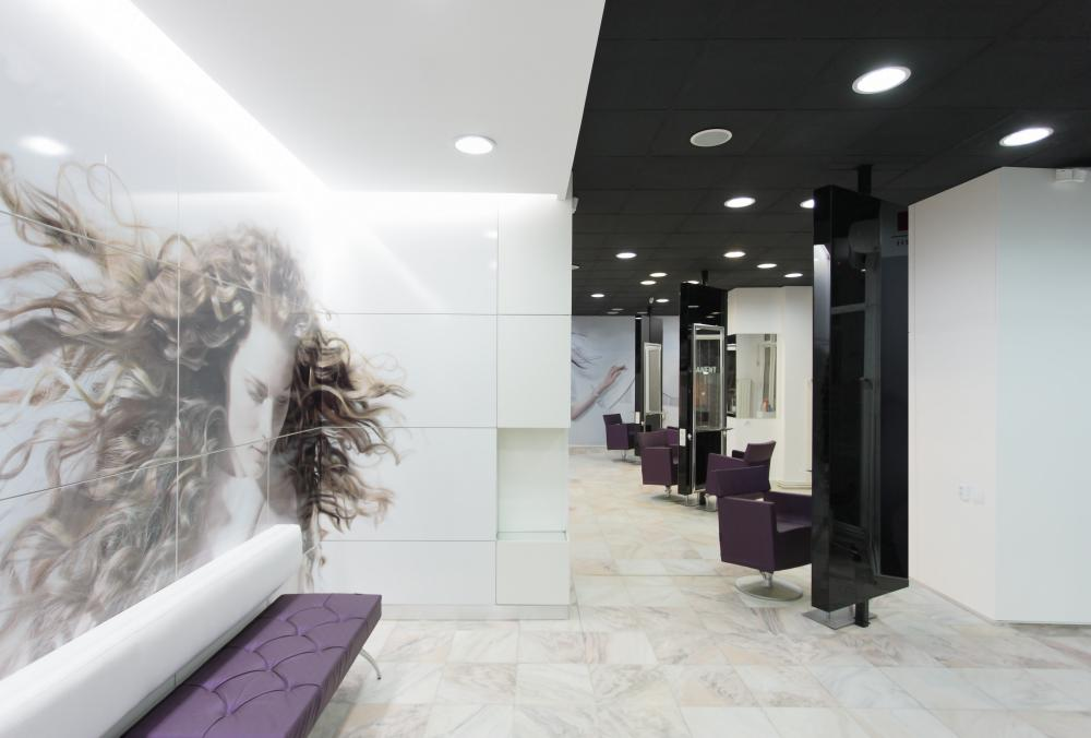 https://nbc-arhitect.ro/wp-content/uploads/2020/11/NBC-Arhitect-_-interior-design-_-Mona-Lisa-Beauty-Salon-_-Romania_4.jpg