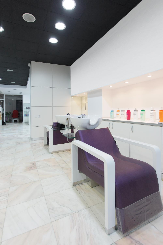 https://nbc-arhitect.ro/wp-content/uploads/2020/11/NBC-Arhitect-_-interior-design-_-Mona-Lisa-Beauty-Salon-_-Romania_5.jpg