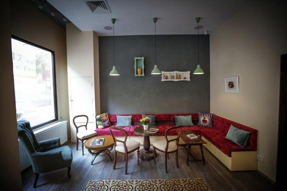 https://nbc-arhitect.ro/wp-content/uploads/2020/11/NBC-Arhitect-_-interior-design-_-Pain-Plaisir-Bakery-_-Romania_10.jpg