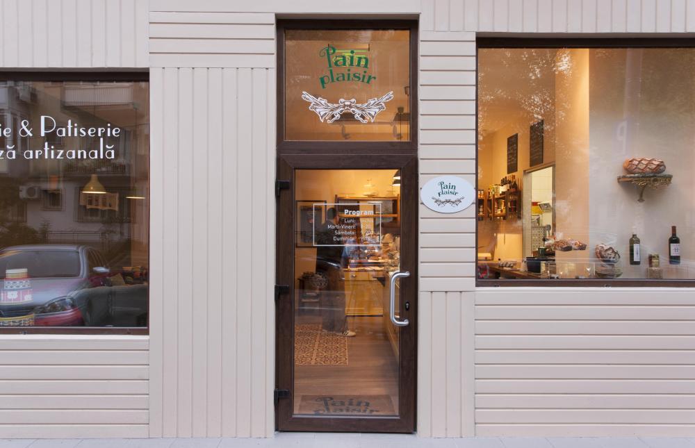 https://nbc-arhitect.ro/wp-content/uploads/2020/11/NBC-Arhitect-_-interior-design-_-Pain-Plaisir-Bakery-_-Romania_8.jpg