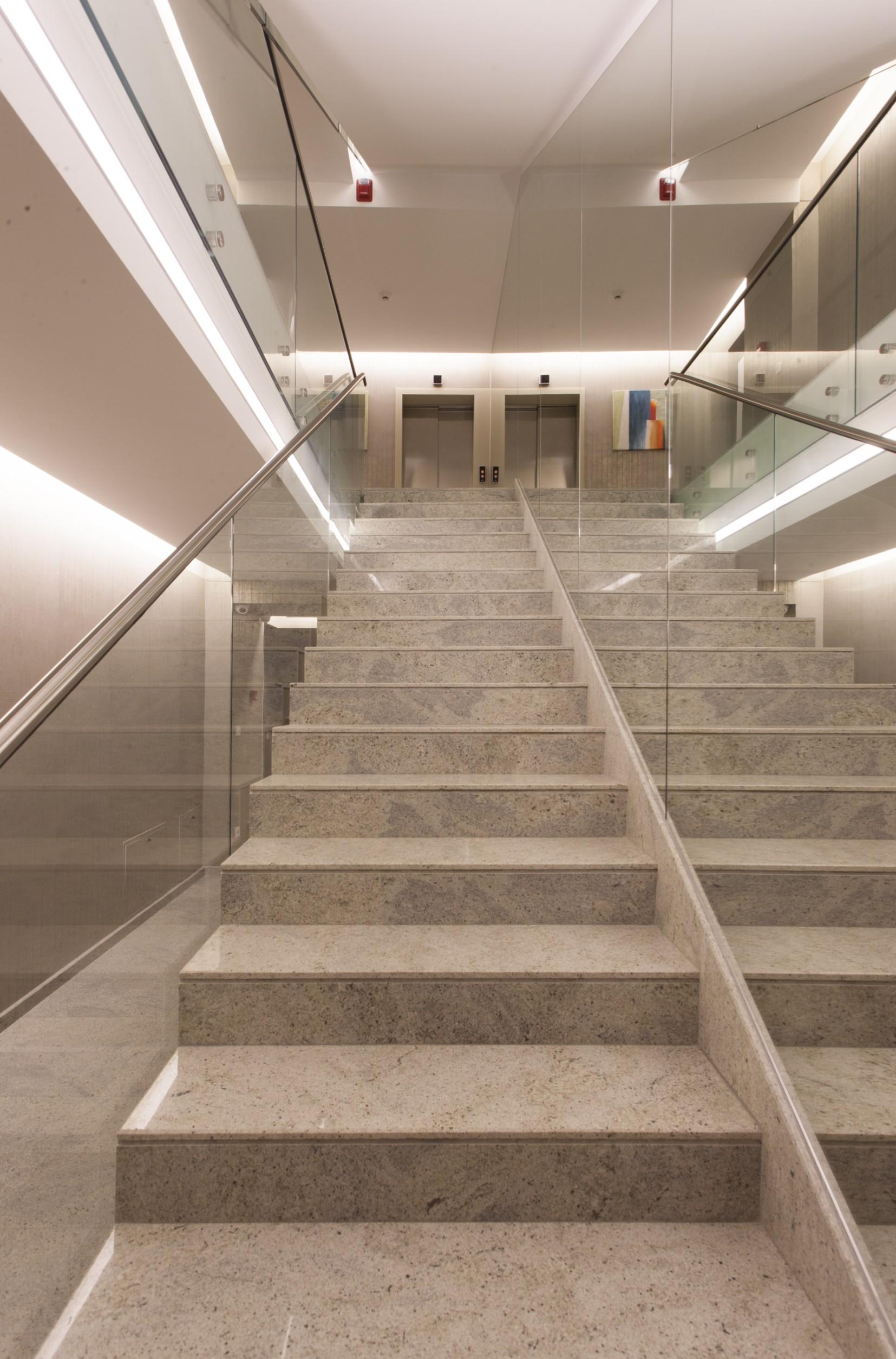 https://nbc-arhitect.ro/wp-content/uploads/2020/11/NBC-Arhitect-_-interior-design-_-Petofi-Sandor-_-Romania_12.jpg