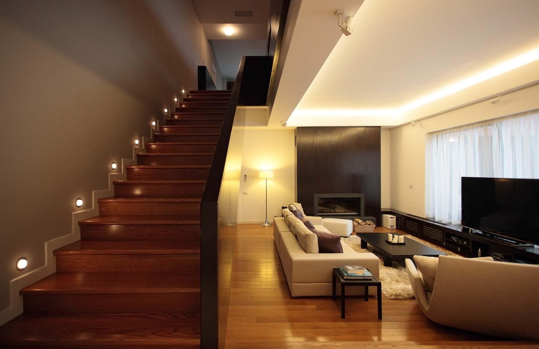 https://nbc-arhitect.ro/wp-content/uploads/2020/11/NBC-Arhitect-_-interior-design-_-Tudor-House-Interior-_-Romania_1.jpg
