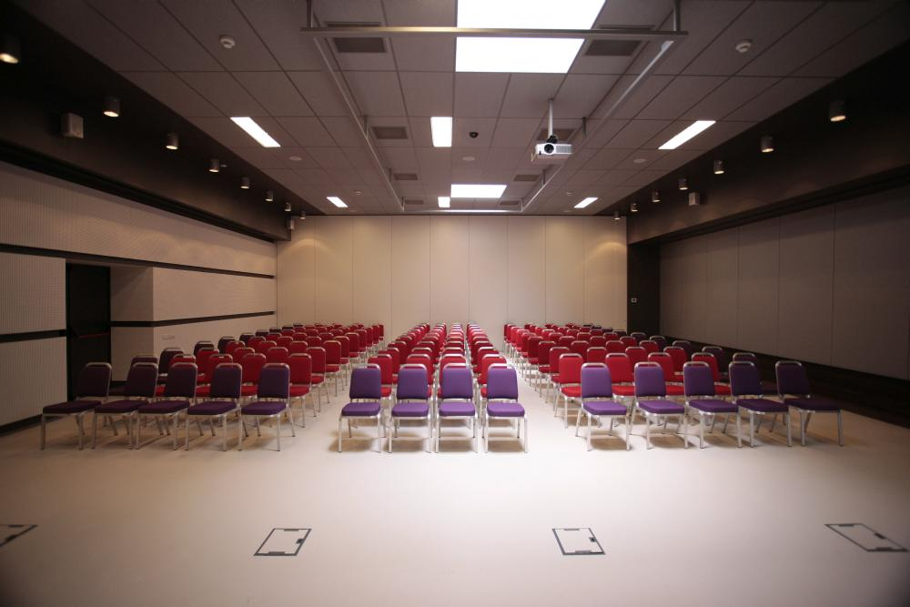 https://nbc-arhitect.ro/wp-content/uploads/2020/11/NBC-Arhitect-_-interior-design-_-Zenith-Conference-Center-_-Bucharest-Romania_14.jpg