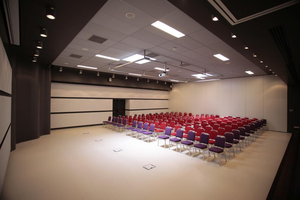 https://nbc-arhitect.ro/wp-content/uploads/2020/11/NBC-Arhitect-_-interior-design-_-Zenith-Conference-Center-_-Bucharest-Romania_7.jpg