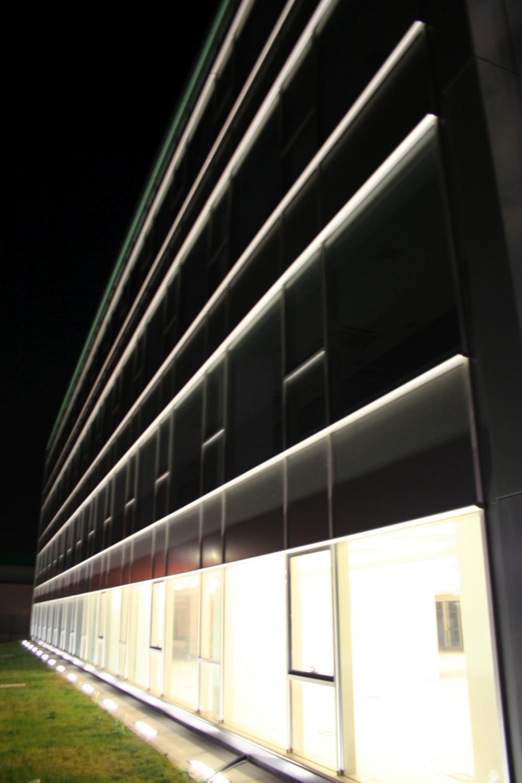 https://nbc-arhitect.ro/wp-content/uploads/2020/11/NBC-Arhitect-_-public-buildings-_-Polo-Occidentale-_-Romania_10.jpg