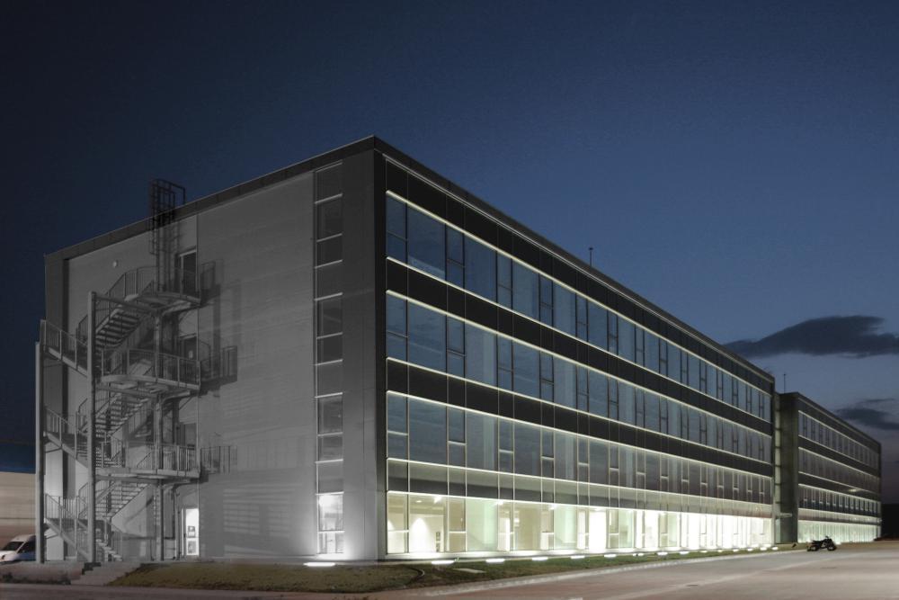 https://nbc-arhitect.ro/wp-content/uploads/2020/11/NBC-Arhitect-_-public-buildings-_-Polo-Occidentale-_-Romania_4.jpg