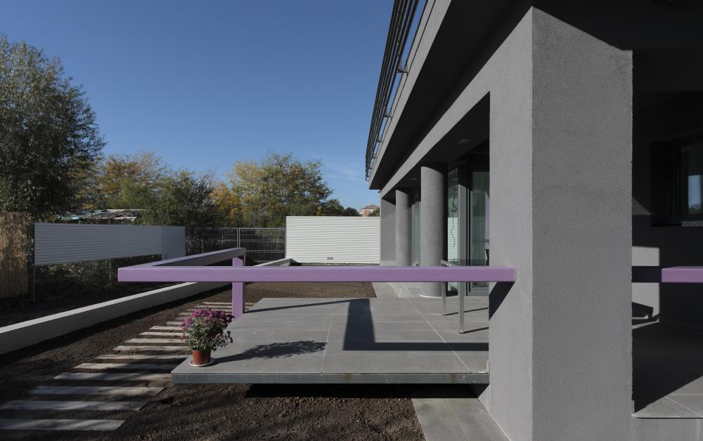 https://nbc-arhitect.ro/wp-content/uploads/2020/11/NBC-Arhitect-_-residences-_-Magenta-House-_-exterior-view_14.jpg