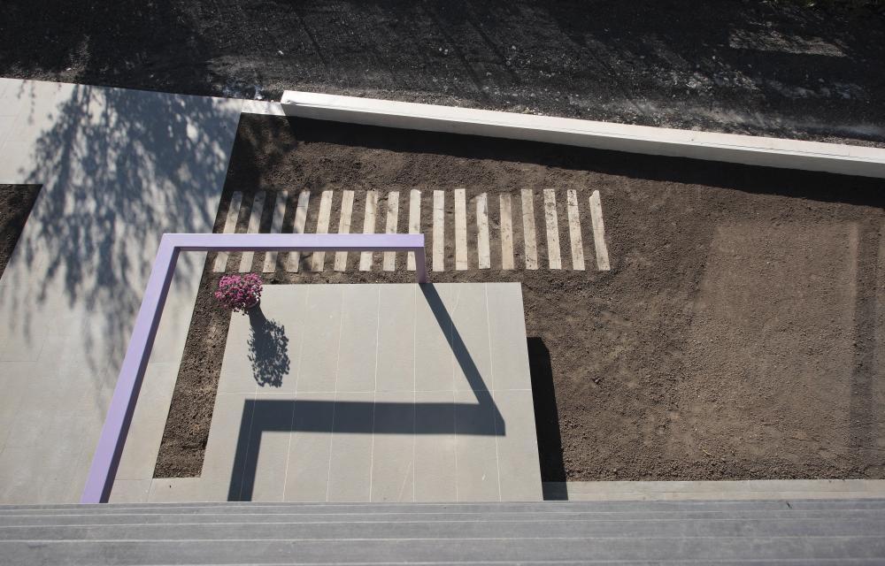 https://nbc-arhitect.ro/wp-content/uploads/2020/11/NBC-Arhitect-_-residences-_-Magenta-House-_-exterior-view_15.jpg