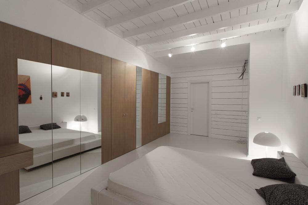 https://nbc-arhitect.ro/wp-content/uploads/2020/11/NBC-Arhitect-_-residences-_-Magenta-House-_-exterior-view_32.jpg